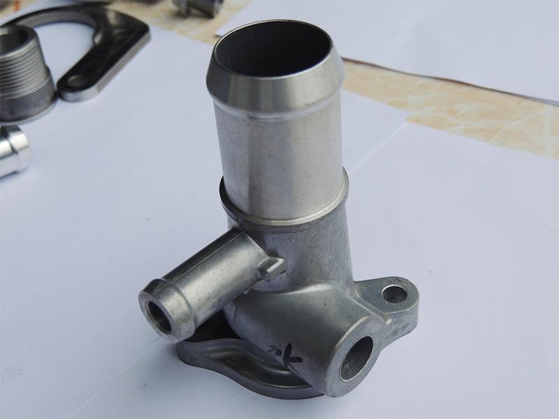 汽车冷却油、水管