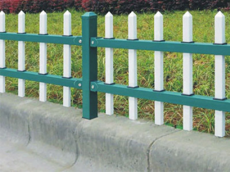 兰州草坪护栏厂家
