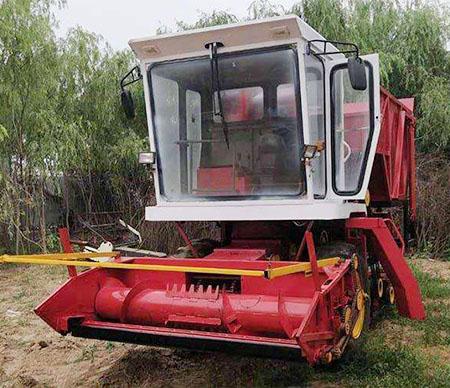 玉米青贮机