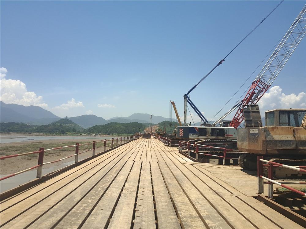 中铁五局一公司衢宁铁路(福建段)5标项目经理部西陂塘大桥施工工程