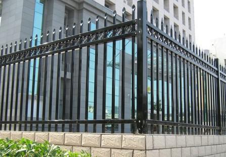 户外铁艺窗锌钢栏杆