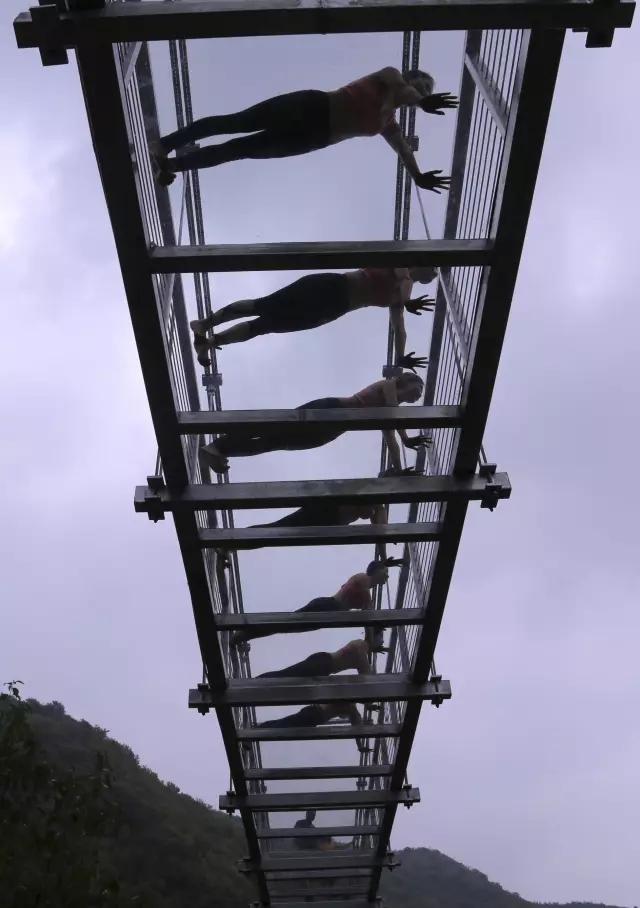 走进太极峡赏天 然太极,挑战5D玻璃吊桥!