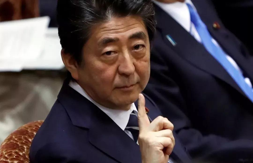 日本黄金经济十年