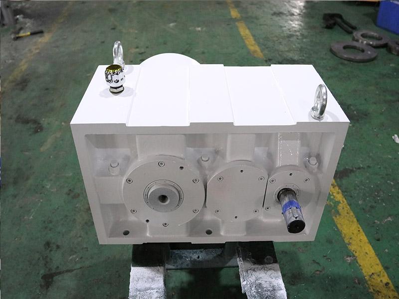 硬齿面齿轮箱ZLYJ173