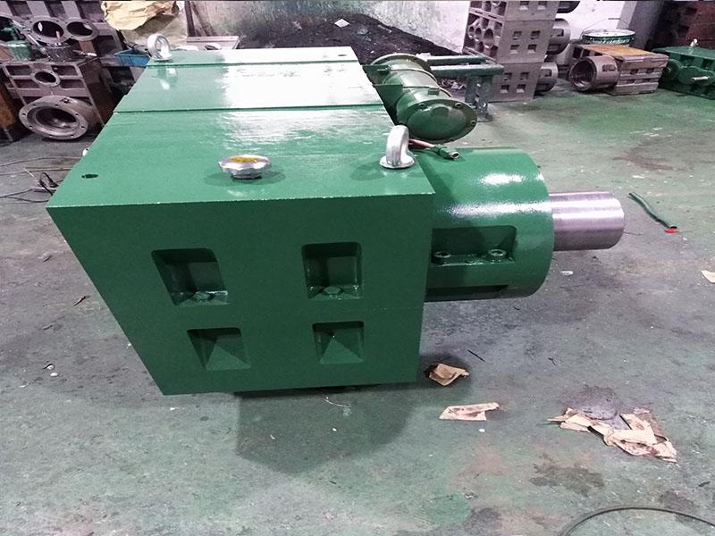 硬齿面齿轮箱ZLYJ330