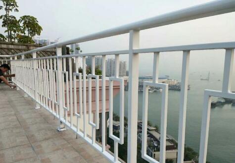 重庆锌钢护栏