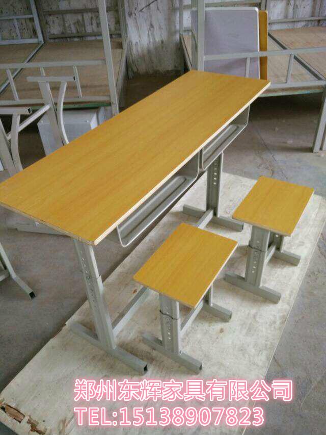郑州可升降课桌椅