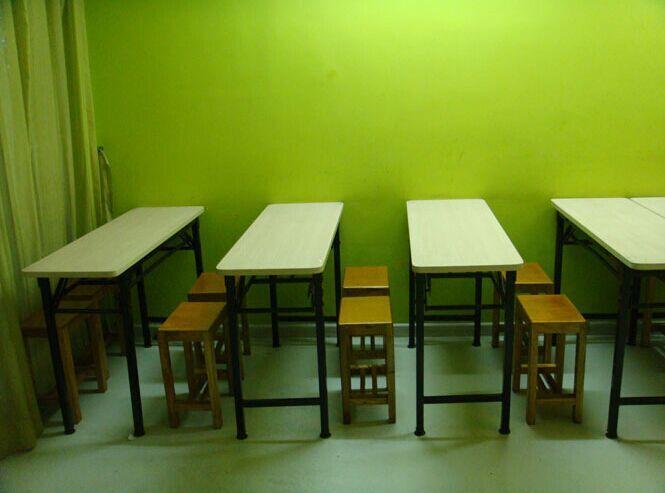 駐馬店小學生雙人課桌椅