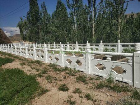 白银河堤护栏
