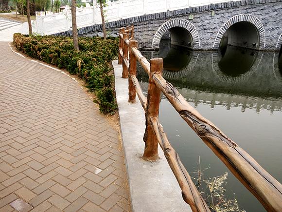 长治水泥仿木栏杆