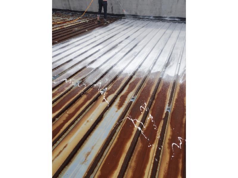 铁皮房隔热防锈