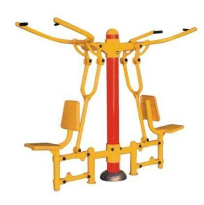 自重式坐拉训练器