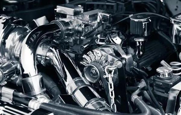 發動機潤滑油