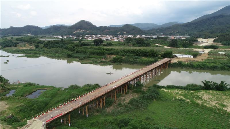 中交一公局厦门工程有限公司漳武高速南靖段A1标鸿砵大桥2号钢便桥