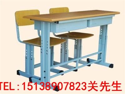 驻马店中小学生课桌椅