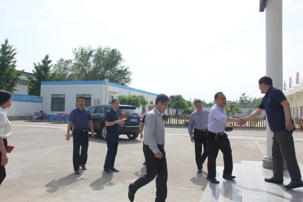 2019.5.16步长集团公司领导及潍坊市卫健委领导考察