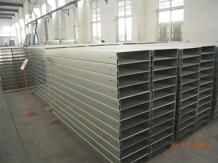 cz型鋼生產線設備