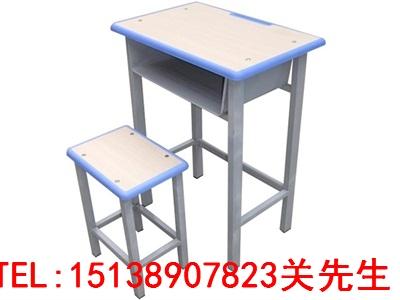 周口中小学生课桌凳