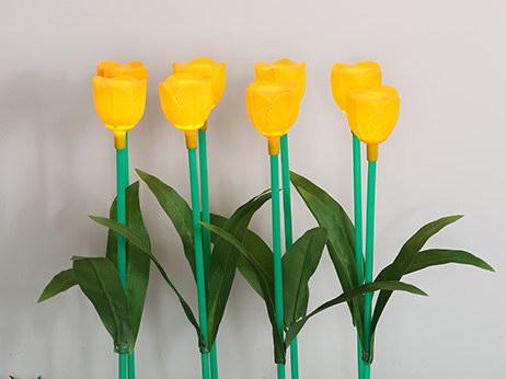 PE吹塑黄色郁金香插地灯