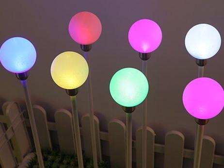 彩色圆球插地灯