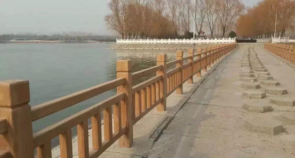 陕西仿木护栏设计