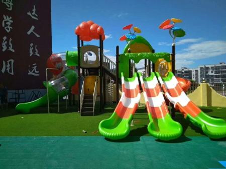 南宁塑料组合滑梯