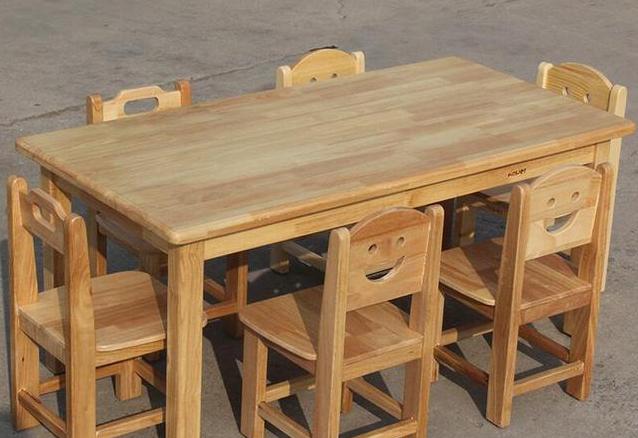广西幼儿园桌椅厂家批发