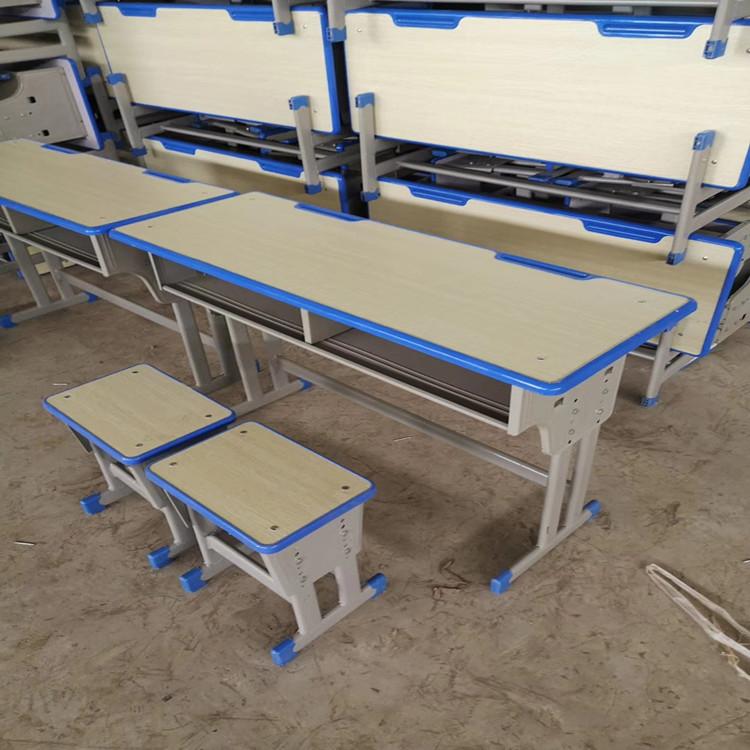 鶴壁雙人可升降課桌椅