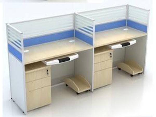 开封带屏风的办公桌