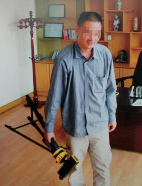 双前臂假肢图片
