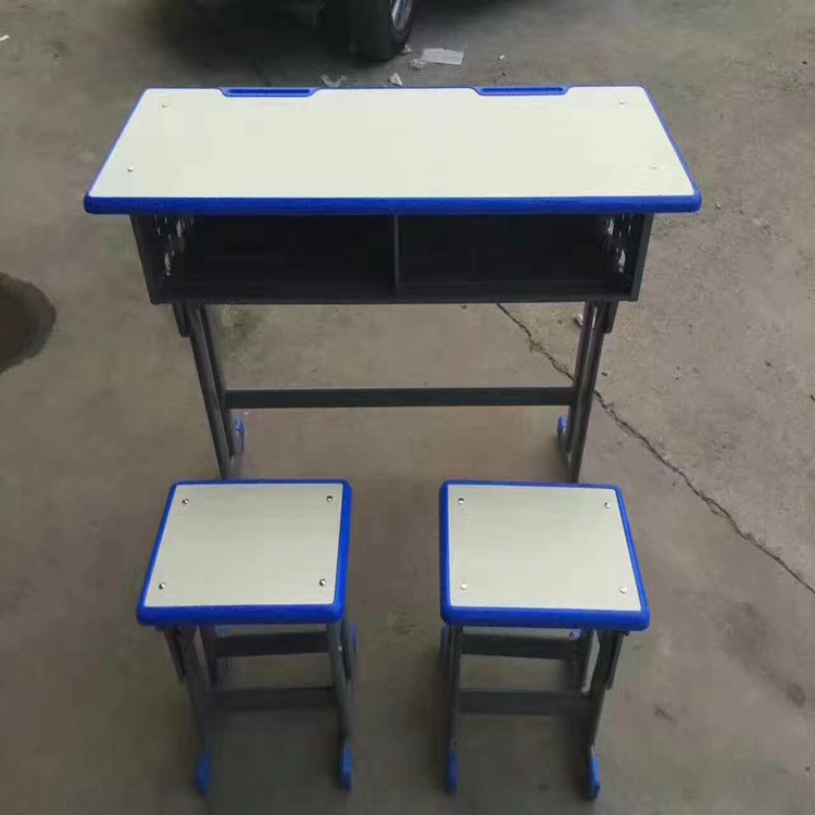 河南塑料升降课桌椅