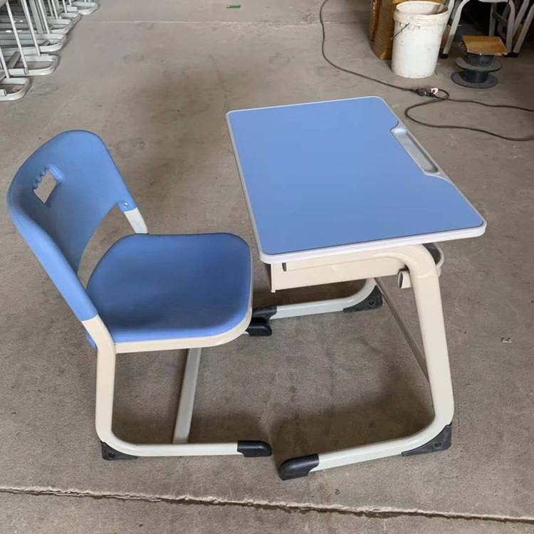 洛阳双人钢木课桌椅