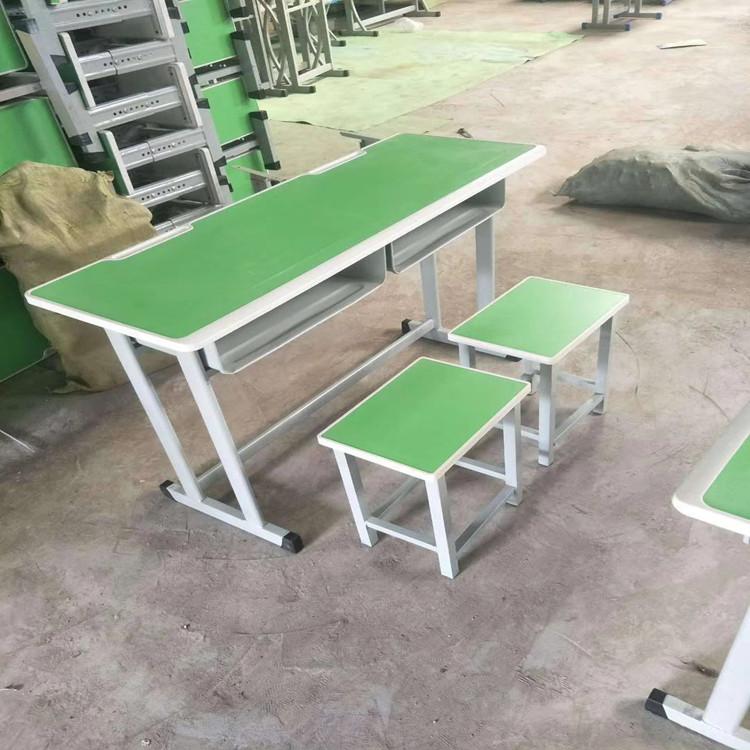 平頂山校用單人課桌椅