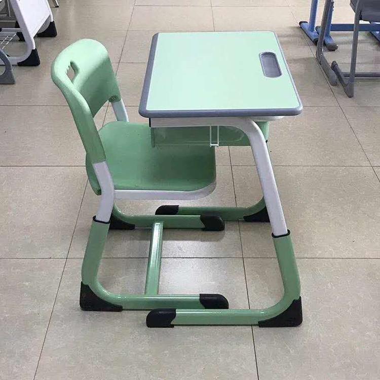 洛阳补习班课桌椅