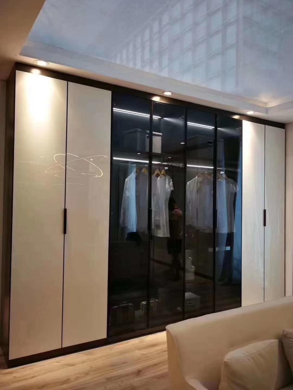 現代簡約衣柜