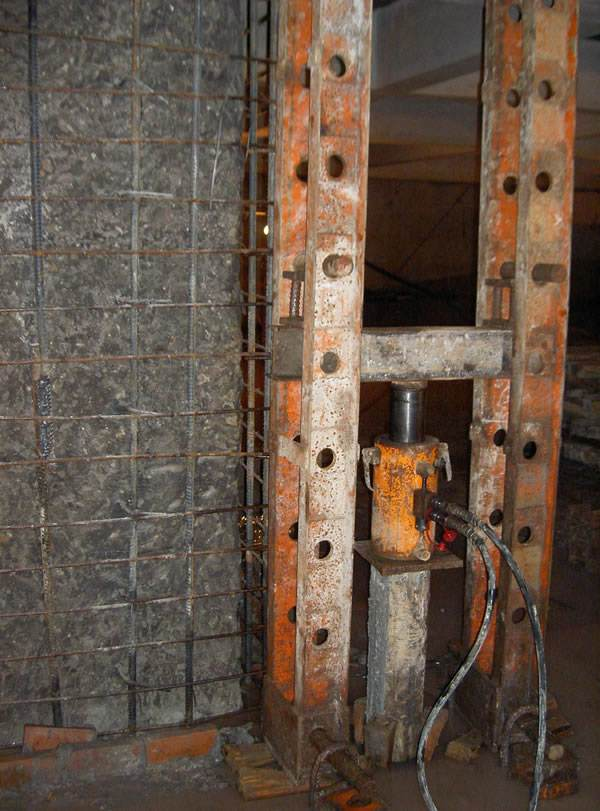 錨桿靜壓樁加固