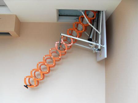 伸缩楼梯施工