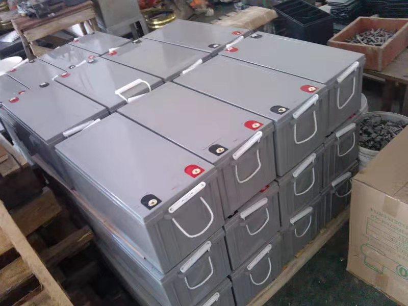 UPS 电池