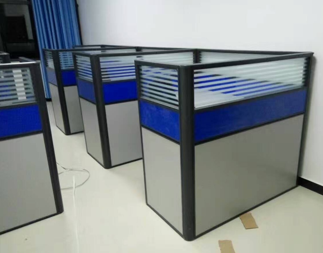 商丘带隔断的电脑桌