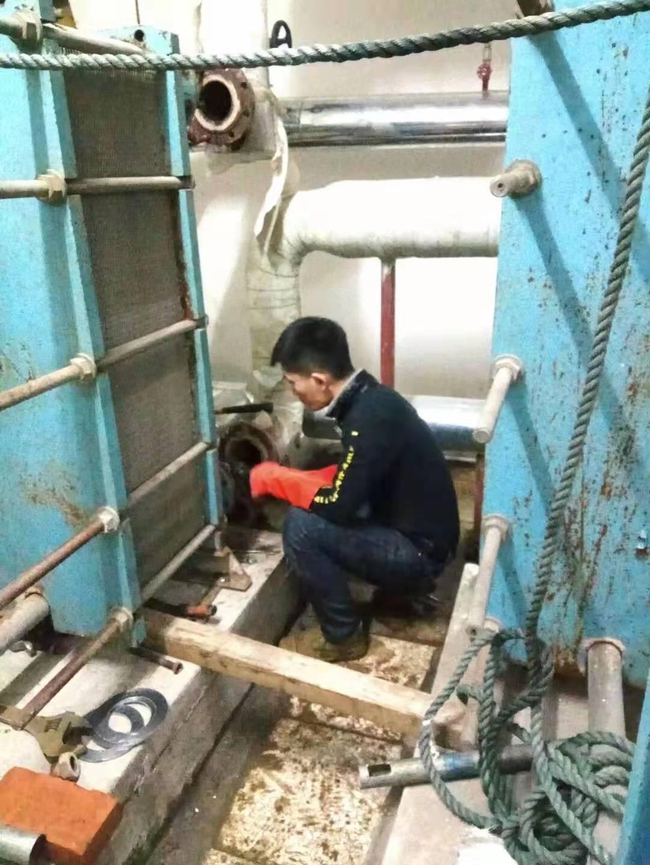 中央空调冷凝器水路系统清洗除垢