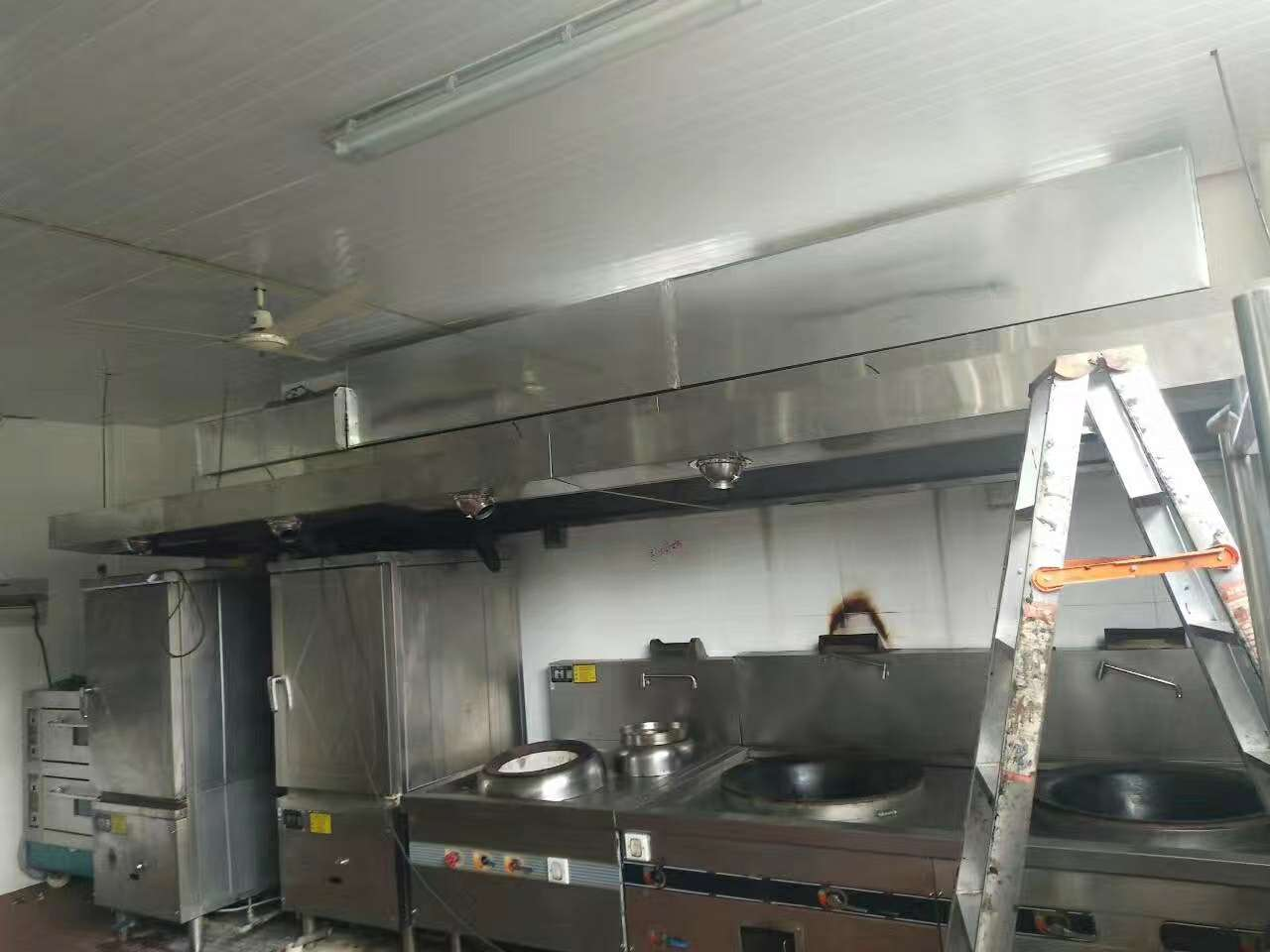 beplay2厨房设备