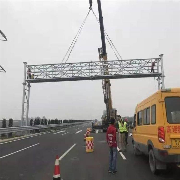 柳州高速路龙门架