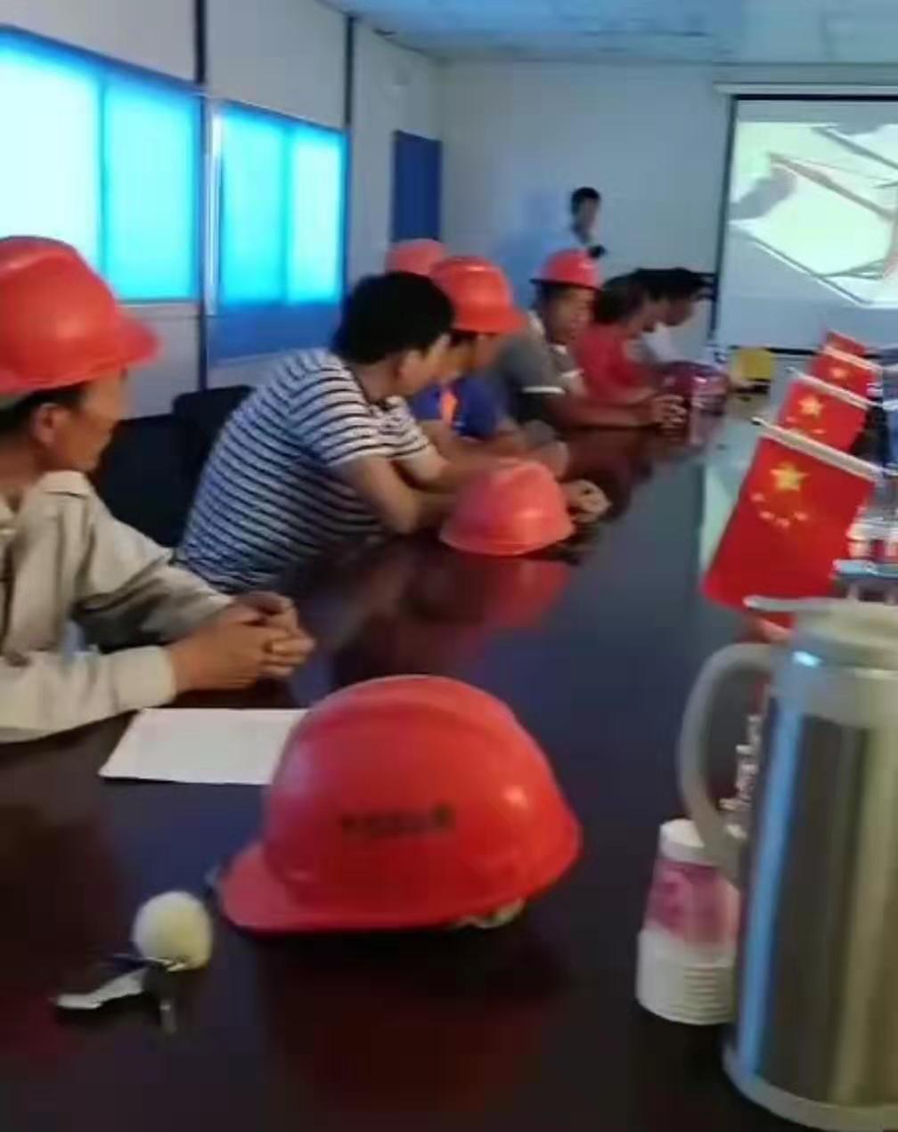 建筑电动吊篮