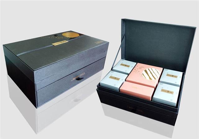 精美箱式礼盒