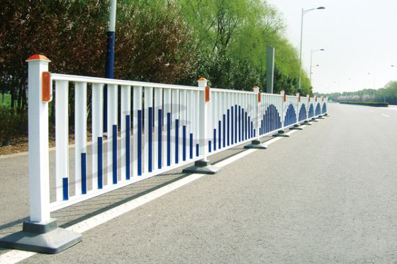 广西城市交通护栏