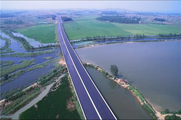 本地的桥梁工程动画
