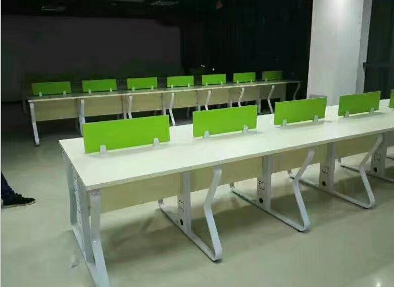 鄭州帶隔斷的電腦桌