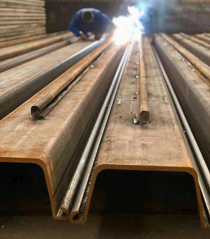 鋼板樁轉角鎖扣