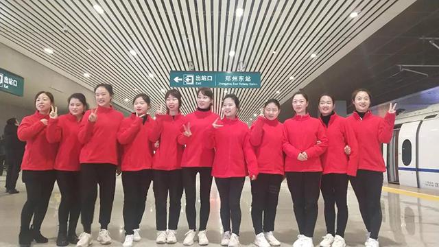 """高鐵來了,南陽儒林尚品幼兒園帶您體驗""""飛馳時光"""""""