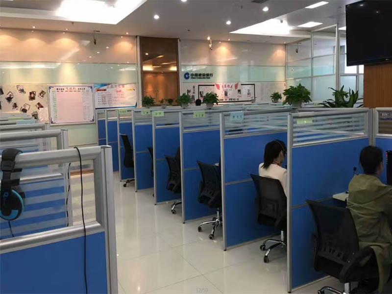 郑州带隔断的办公桌